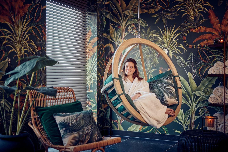 Luxury Hotel Wallpaper