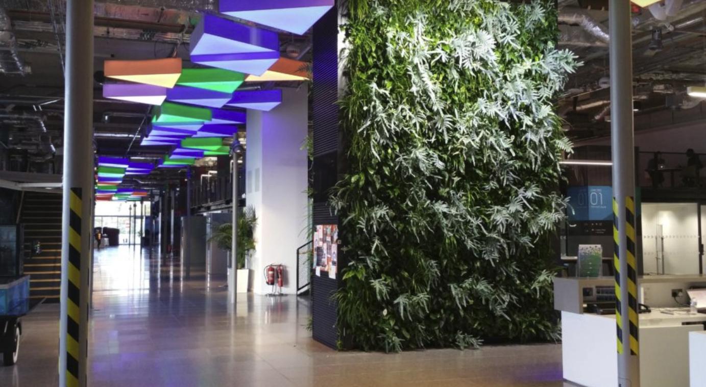 Hotel Interior Landscaping / Hotel Living Walls