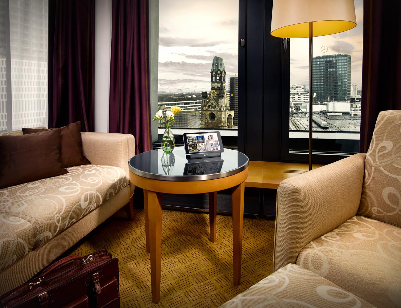 Hotel Digital Communication / Hotel Guest Communication