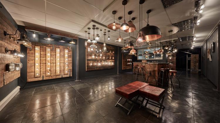 Industrial Hotel Lighting / Industrial Hotel Furniture