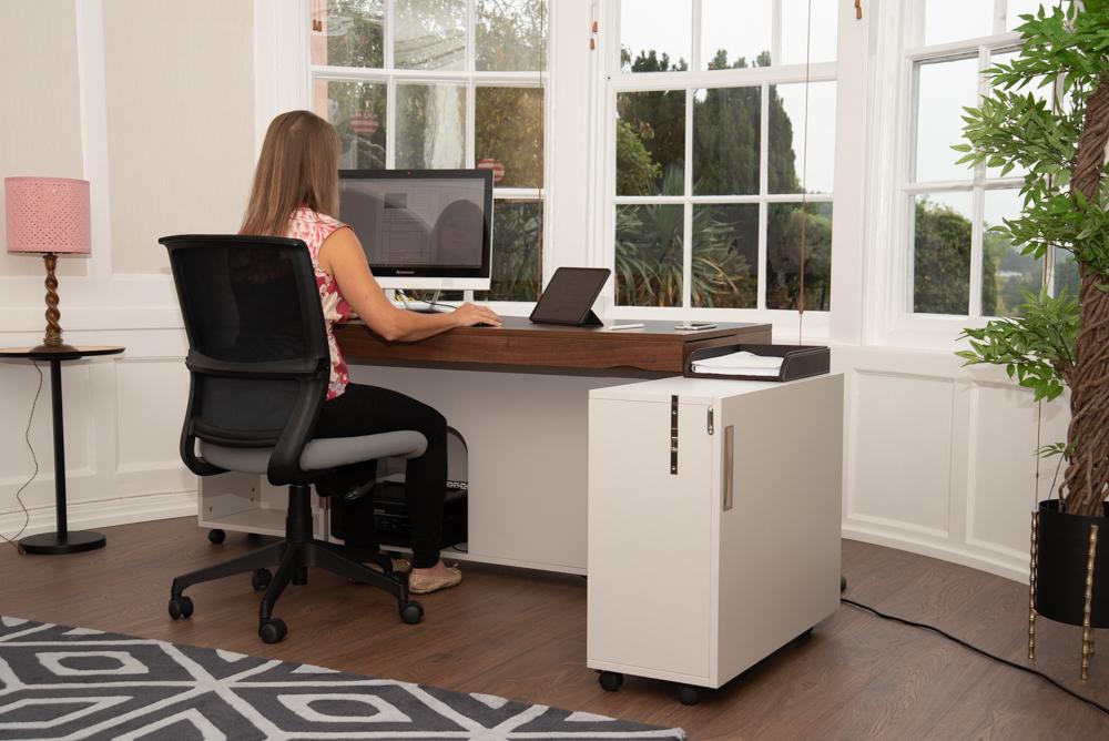Foldable Remote Working Desks / Secure Hotel Workspaces